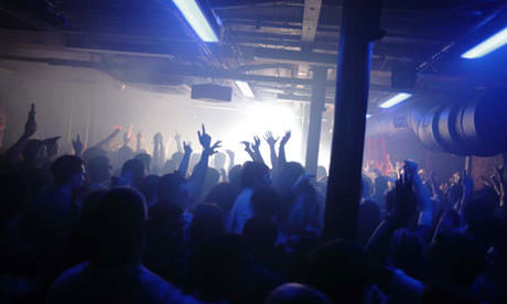 A Student's Guide to a Night Out in the UK (Sponsored by Jesters)