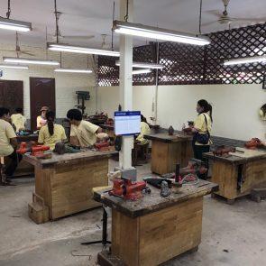 amansara-review-artisans-angkor