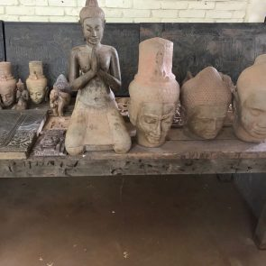amansara-review-artisans-angkor-models