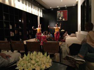 amansara-review-dance-naga