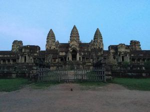 angkor-wat-ta-prohm-perfect-gamer-holiday-back-entrance