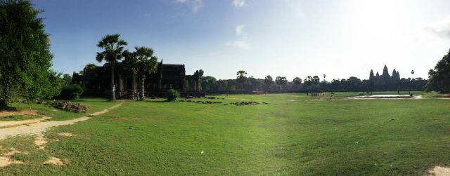 angkor-wat-ta-prohm-perfect-gamer-holiday-front-sunshine