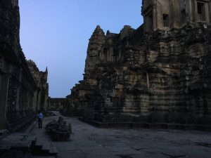 angkor-wat-ta-prohm-perfect-gamer-holiday-inside-empty-1
