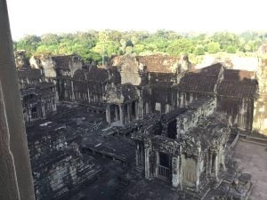 angkor-wat-ta-prohm-perfect-gamer-holiday-sunrise-inner-view