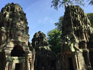 angkor-wat-ta-prohm-perfect-gamer-holiday-towers
