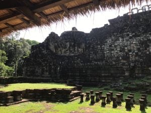 bayon-angkor-thom-perfect-gamer-holiday-baphuon-sleeping-buddha