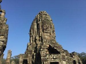 bayon-angkor-thom-perfect-gamer-holiday-face-details