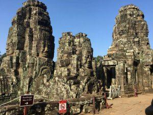 bayon-angkor-thom-perfect-gamer-holiday-hindu-towers