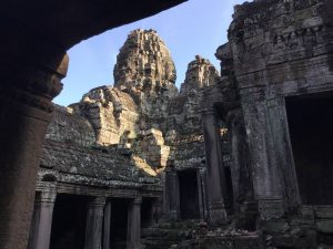 bayon-angkor-thom-perfect-gamer-holiday-uncharted-from-below