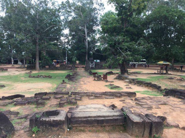 east-of-angkor-perfect-gamer-holiday-preah-ko-entrance