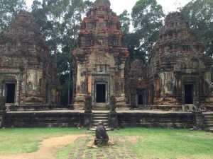east-of-angkor-perfect-gamer-holiday-preah-ko-front1