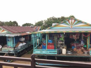 tonle-sap-perfect-gamer-holiday-cruise-floating-store