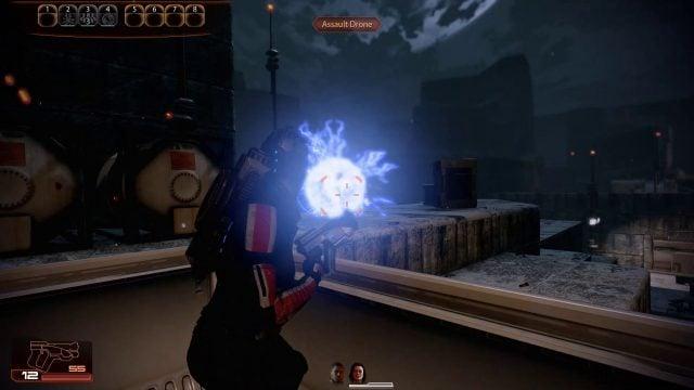 Mass Effect 2 Overload in Combat (Engineer)